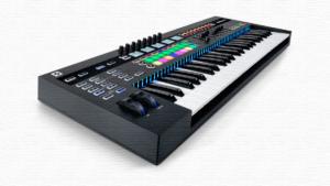 Лучшие MIDI-клавиатуры: рейтинг 2020/2021